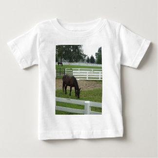 Caballo salvaje en el corazón t-shirt