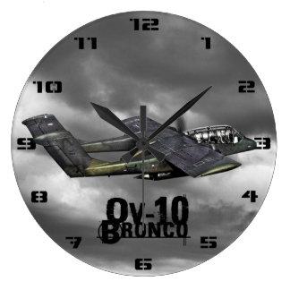 Caballo salvaje OV-10 Reloj Redondo Grande