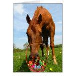 Caballo y cesta de Pascua Felicitacion