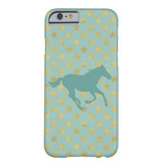 Caballo y estrellas - azules cielos y de oro funda barely there iPhone 6