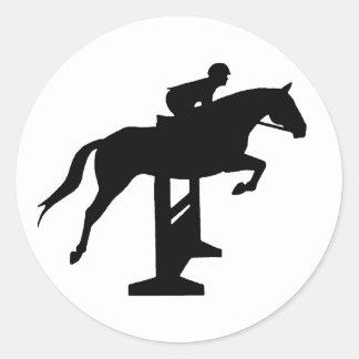 Caballo y jinete del puente del cazador pegatina redonda