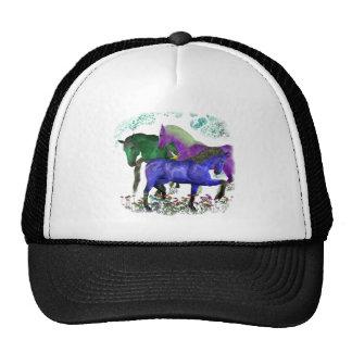 Caballos coloreados fantasía en diseño gráfico de  gorras de camionero