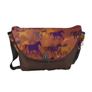 caballos de granja del país bolsa messenger