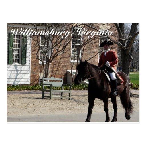 Caballos de montar a caballo en Williamsburg colon Postales