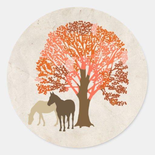Caballos del otoño del naranja y de Brown Etiquetas Redondas