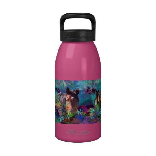 Caballos en Fantasyland: Un sueño del caballo vien Botella De Agua Reutilizable