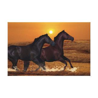 Caballos en la puesta del sol impresión de lienzo