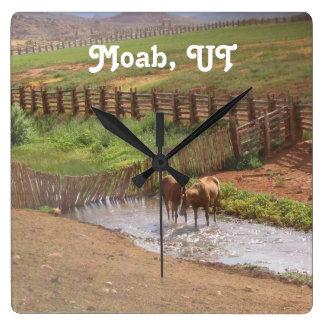 Caballos en Moab Reloj Cuadrado