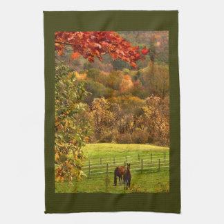 Caballos en otoño toallas de cocina