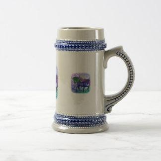 Caballos, fantasía coloreados en fondo púrpura taza