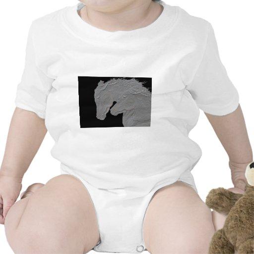 Caballos grabados en relieve traje de bebé