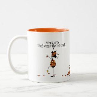 Caballos lindos de la temporada de otoño que taza de café de dos colores