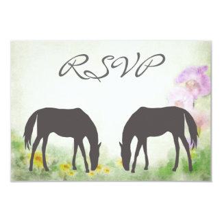 """Caballos que pastan la tarjeta ecuestre de RSVP Invitación 3.5"""" X 5"""""""