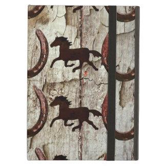 Caballos y herraduras en los regalos de madera del