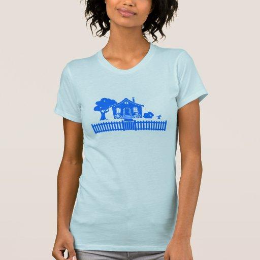 Cabaña con la valla de estacas camisetas