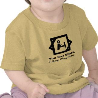Cabaña contra la camisa del bebé del equipo de rad