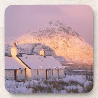 Cabaña de Blackrock, Glencoe, montañas, Escocia 2 Posavaso