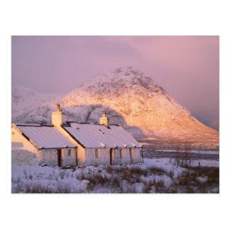 Cabaña de Blackrock, Glencoe, montañas, Escocia 2 Tarjetas Postales