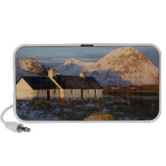 Cabaña de Blackrock, Glencoe, montañas, Escocia 3 Laptop Altavoz
