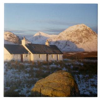 Cabaña de Blackrock, Glencoe, montañas, Escocia 3 Tejas