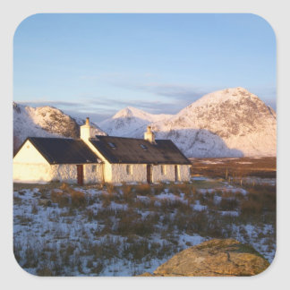 Cabaña de Blackrock, Glencoe, montañas, Escocia Calcomania Cuadradas Personalizada