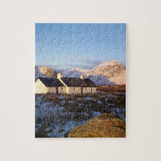Cabaña de Blackrock, Glencoe, montañas, Escocia Rompecabezas Con Fotos