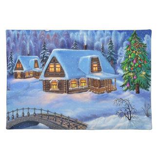 Cabaña de madera del navidad en invierno manteles