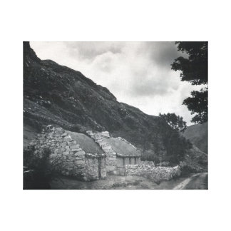 Cabaña de piedra irlandesa vieja, Co Galway Irland Impresiones En Lienzo Estiradas