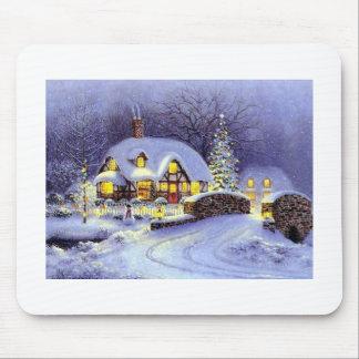 Cabaña del navidad mouse pads