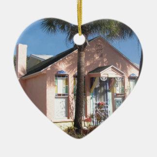 Cabaña rosada de la Florida Ornamentos De Reyes