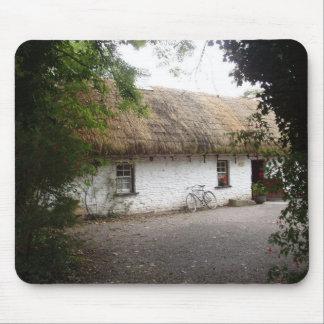 Cabañas célticas - Bunratty Alfombrilla De Ratón