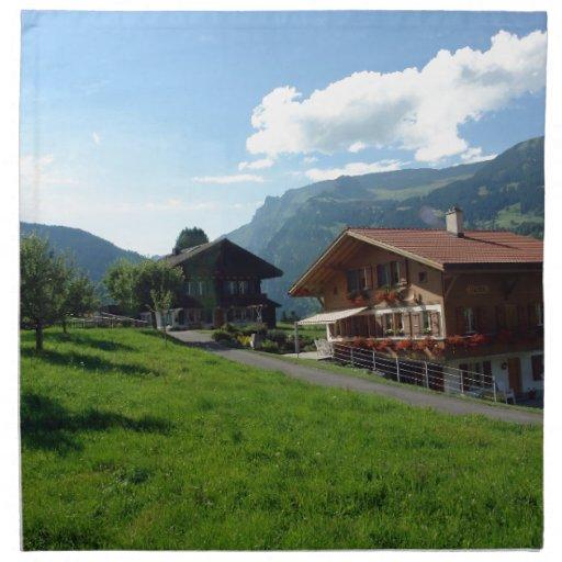 Cabañas y verdor en Suiza Servilletas