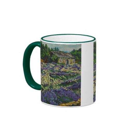 Cabanon dans la lavande ringer mug