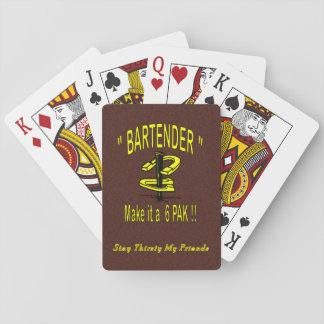 Cabeceo de herradura que juega al barajas de cartas