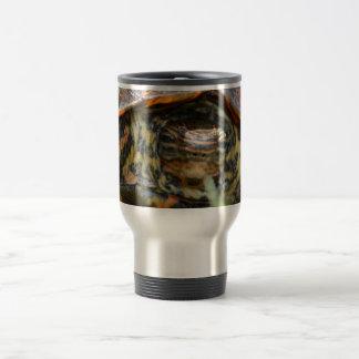 Cabeza adornada de la tortuga de madera encendido  taza