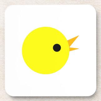Cabeza amarilla linda del polluelo posavasos de bebida