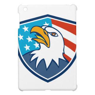 Cabeza americana de Eagle calvo que mira para
