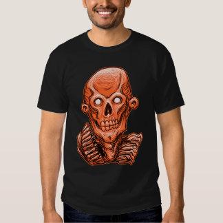 Cabeza anaranjada del cráneo del zombi poleras