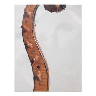 Cabeza atada del indio del instrumento membrete a diseño