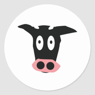 cabeza cómica divertida de la vaca etiquetas redondas
