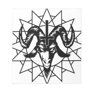 Cabeza con la estrella del caos (negro) blocs de papel