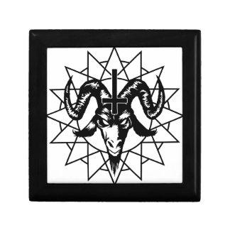 Cabeza con la estrella del caos (negro) joyero cuadrado pequeño