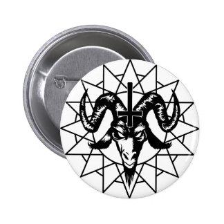 Cabeza con la estrella del caos (negro) pin redondo 5 cm