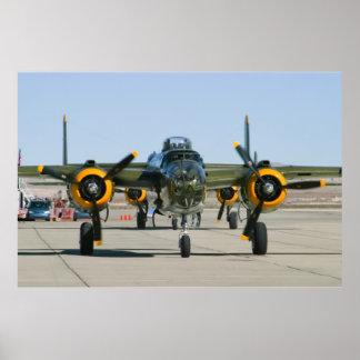 Cabeza de B-25 Mitchell encendido Póster