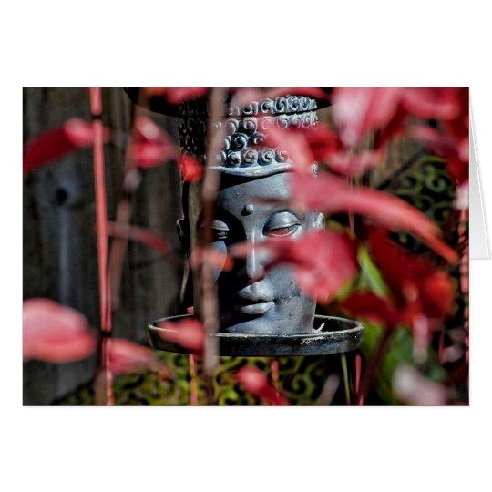 Cabeza de Buda con las hojas rojas Tarjeta Pequeña