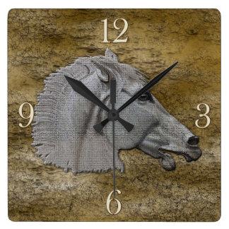 Cabeza de caballo clásica de la mitología griega reloj cuadrado