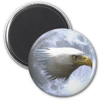 CABEZA de EAGLE CALVO con el imán de la fauna de l