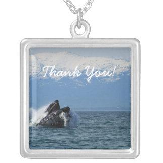 Cabeza de la ballena jorobada; Gracias Colgante Cuadrado