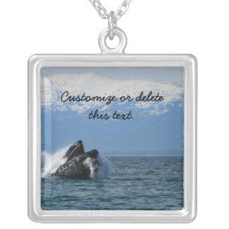 Cabeza de la ballena jorobada; Personalizable Colgante Cuadrado
