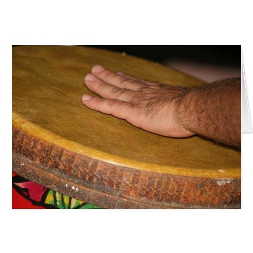 cabeza de la piel del tambor de la mano con tarjeta pequeña